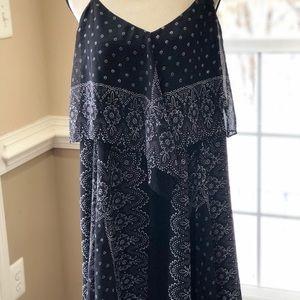 Dresses & Skirts - NWOT Hankerchief Dress